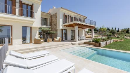 dXBsb2Fkcy9wcm9wX2ltYWdlcy9NUC0xMzUwLw==/property-for-sale-in-mallora-palma-rural-palma--MP-1350-00.jpg