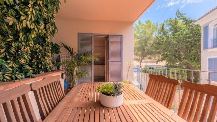 dXBsb2Fkcy9wcm9wX2ltYWdlcy9NUC0xNDA0Lw==/property-for-sale-in-mallora-bendinat-calvia--MP-1404-00.jpg