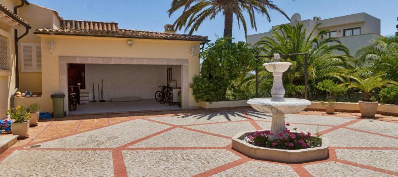 exquisite-mediterranean-mansion-with-sea-views-in-sol-de-mallorca