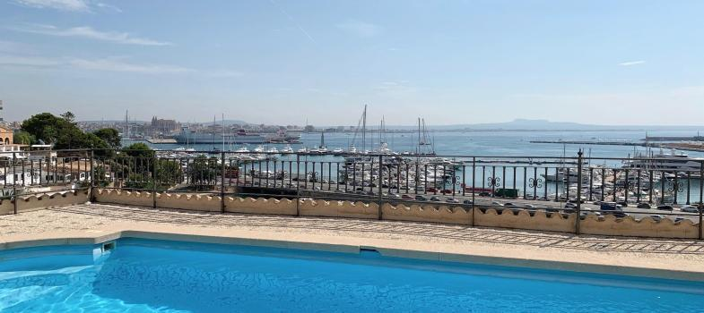 spacious-elegant-apartment-to-rent-with-amazing-views-across-the-harbour-in