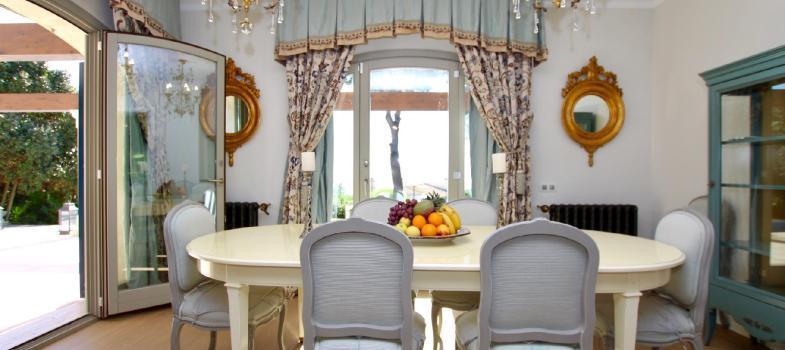 stunning-elegant-villa-in-old-bendinat-with-impressive-sea-views