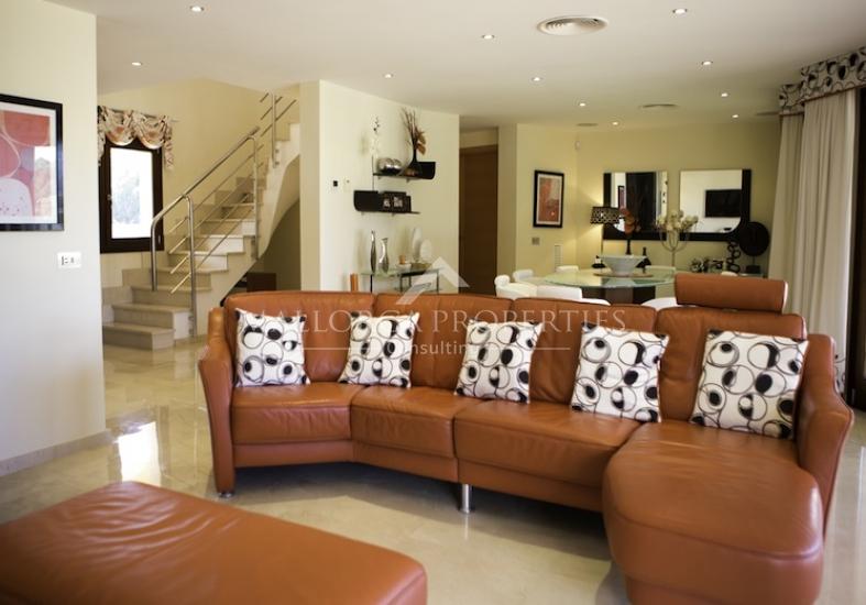 property-for-sale-in-mallora-sol-de-mallorca-calvia--MP-1077-02.jpg